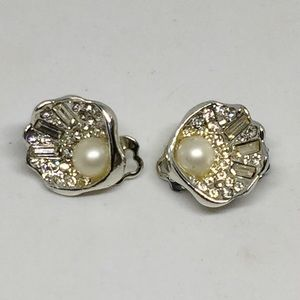 Vintage Seashell Baguette Rhinestone Earrings